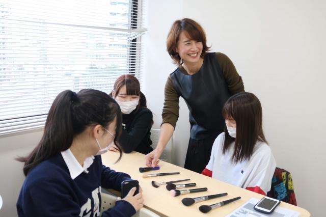 Hair & Make Poissonrouge ポワソンルージュ:三ッ星レッスン 岡山